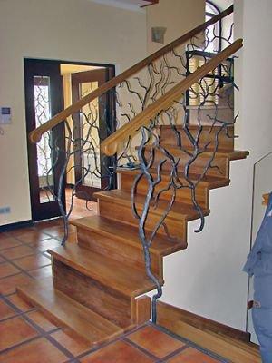"""Кованые перила для лестницы """"деревья"""""""
