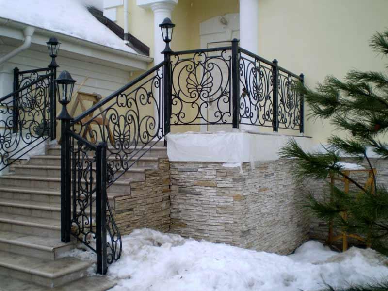 кованая лестница ручной работы
