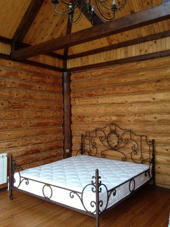 Кованая кровать по эскизу