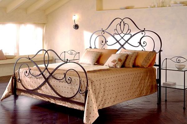 Кованая кровать, ручная работа