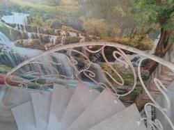 Кованые ограждения для винтовой лестницы