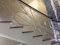 Эксклюзивные кованые перила по дизайн-проекту