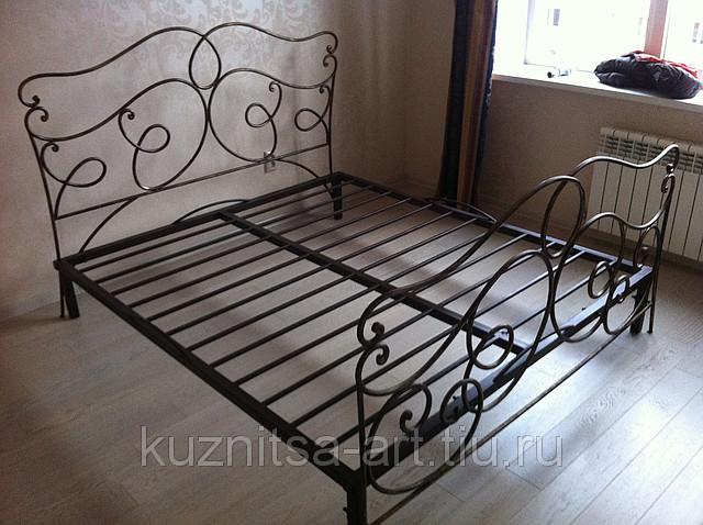 Кованая кровать двуспальная