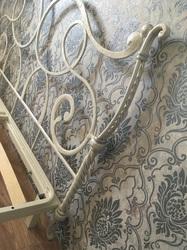 Кованая кровать ручной работы с ортопедическим основанием