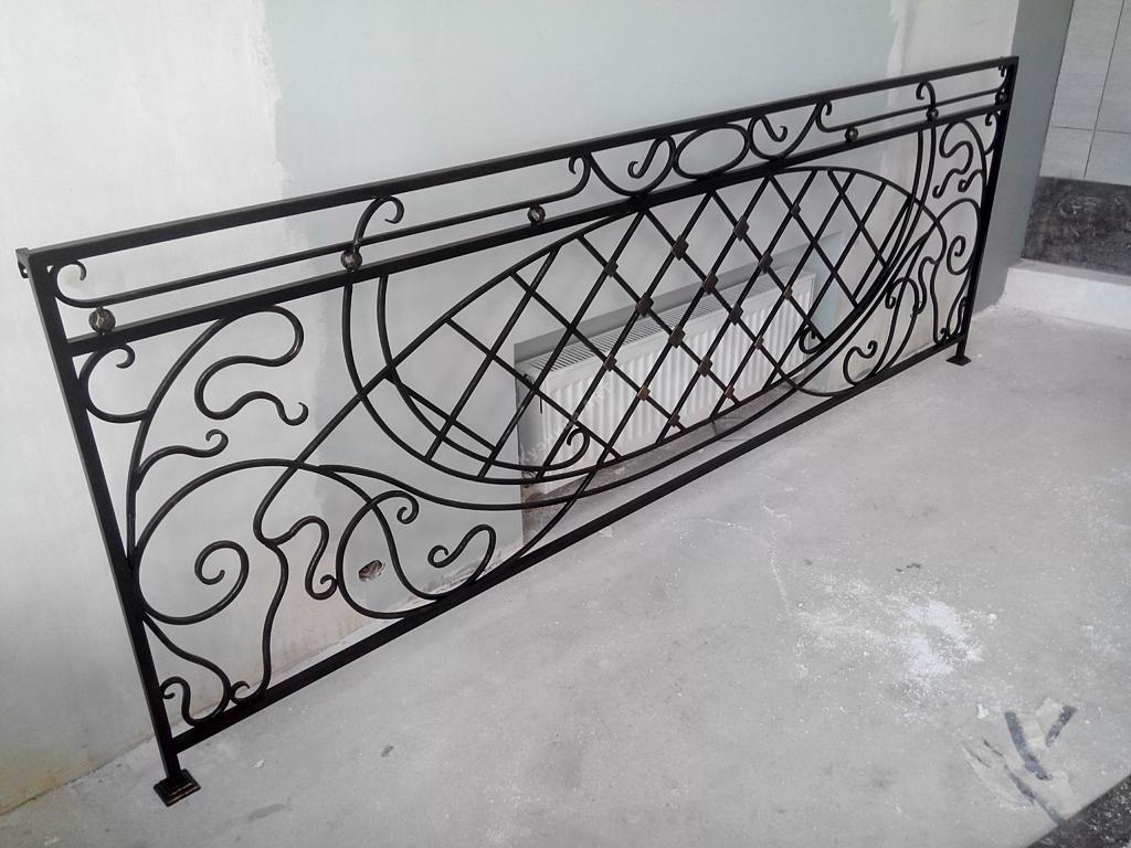Кованое ограждение балкона