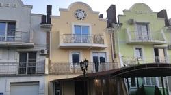 Кованый балкон французская сетка
