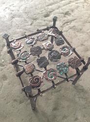 Кованый столик с вставками из меди и латуни