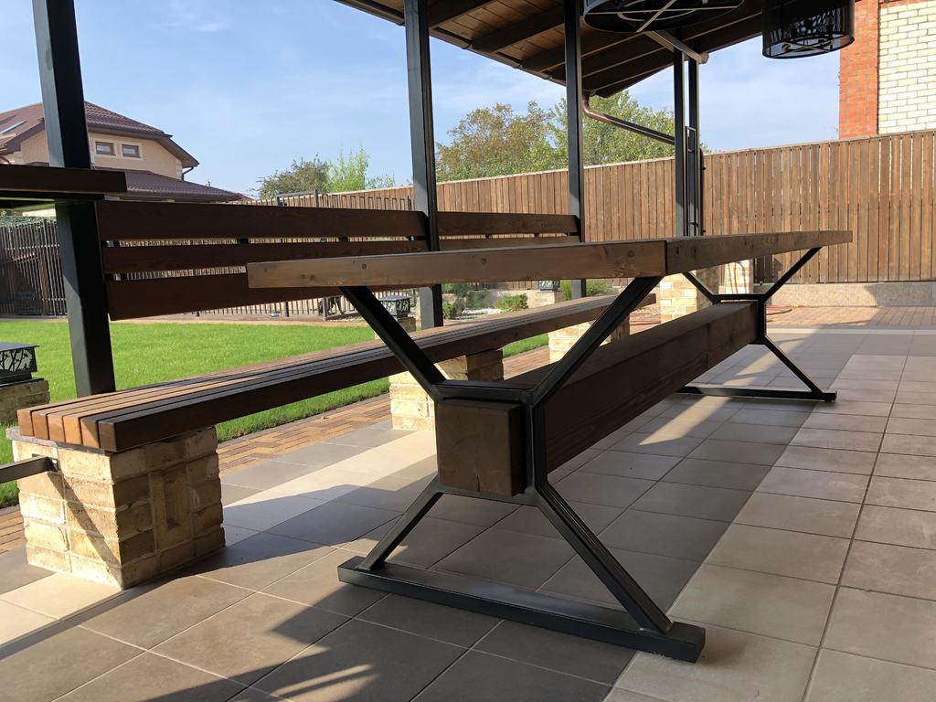 Уличный стол и скамья в стиле лофт