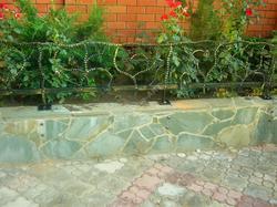 Кованые садовые ограждения