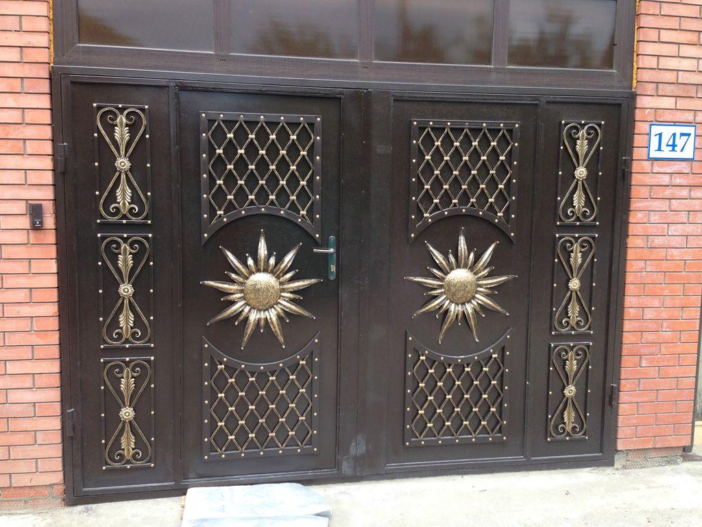 Кованые ворота в гараж