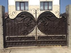 Эксклюзивные кованые ворота ручной работы по индивидуальному заказу