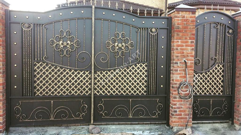 Кованые ворота и калитка по эскизу
