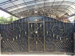 Кованые ворота и калитка ручной работы