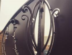 Эксклюзивные кованые ворота по эскизу